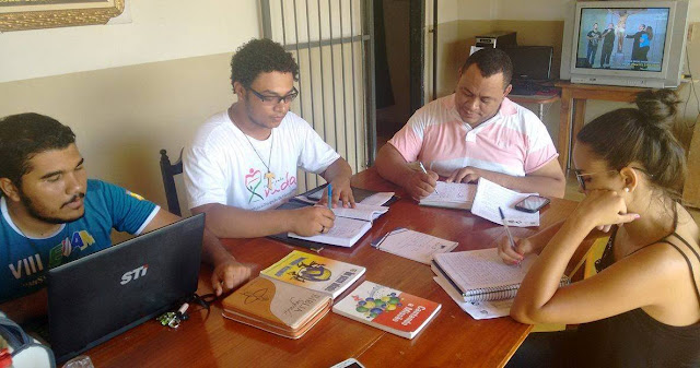 Lideranças da JM de Porto Nacional reúnem-se com novo assessor diocesano