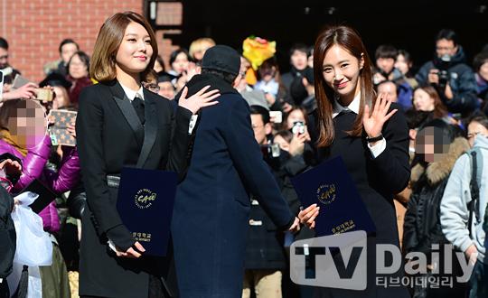 snsd sooyoung yuri graduation