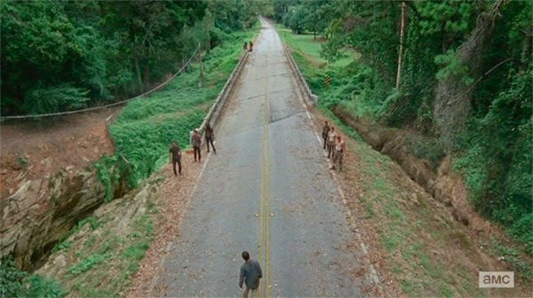 Escena de The Walking Dead 5x10 - Them