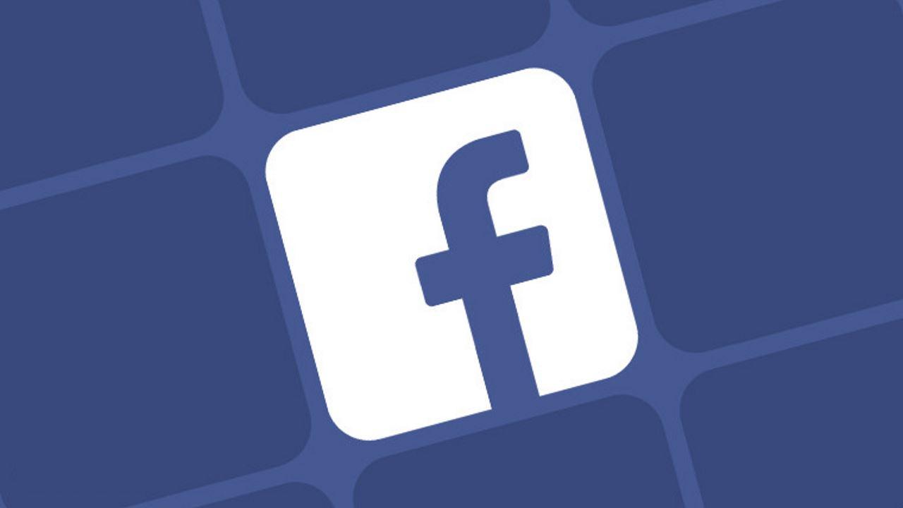 رسائل مستخدمي فيس بوك الخاصة معروضة للبيع على الإنترنت