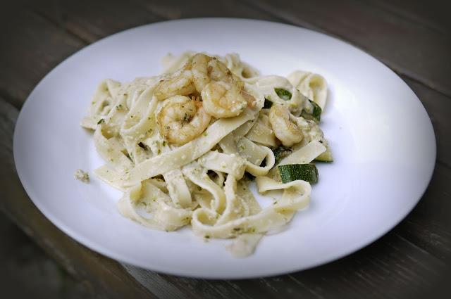 Zucchini-Pesto | Rezept | Kochen | Nudeln