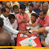 सिंहेश्वर में अग्नि पीड़ितों से मिले मधेपुरा सांसद: आर्थिक मदद के साथ दर्द बाँटने की कोशिश
