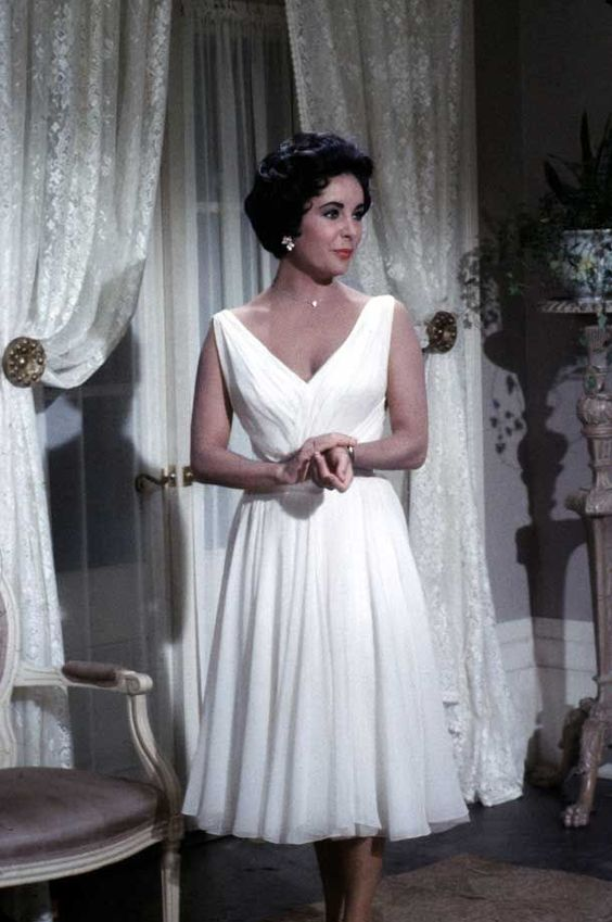1950s Fashion Elizabeth Taylor Does It With Elegance