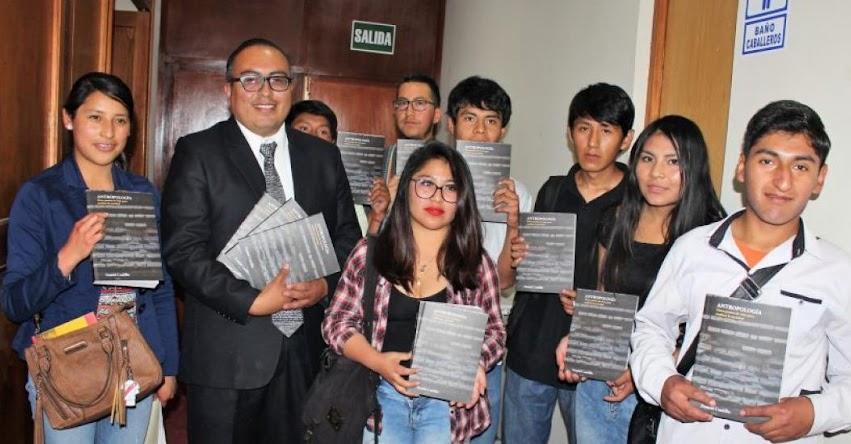 UNSA: Estudiantes de la Universidad Nacional de San Agustín de Arequipa reciben libros y textos de sus docentes - www.unsa.edu.pe
