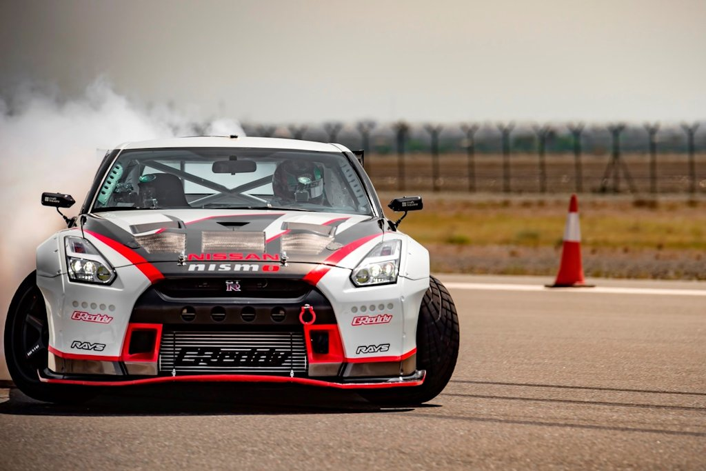 This Nissan Gt R Is The World S Fastest Drift Car Carguide Ph