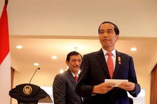 Kenaikan Biaya STNK Dicurigai untuk Selamatkan Kekuasaan Jokowi