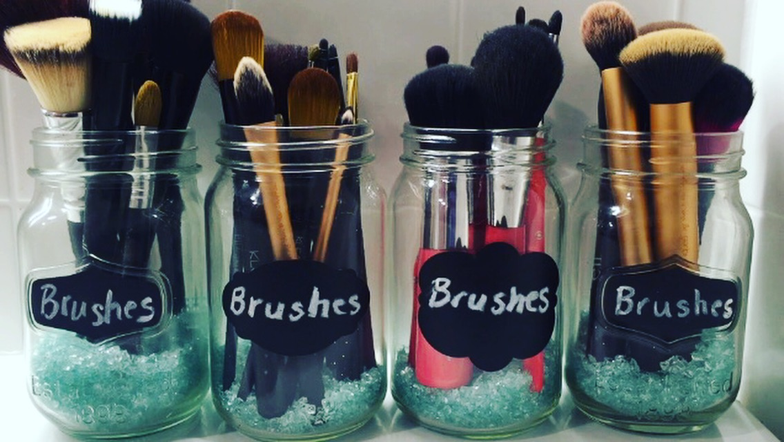 New Youtube Video Diy Makeup Brush Holder Simple And Easy