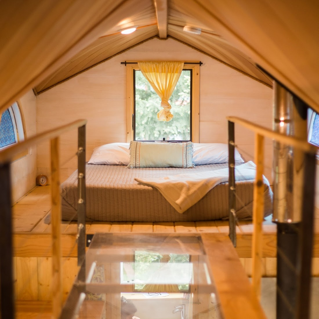 01-Master-Bedroom-WeeCasa-The-Pequod-Tiny-House-Architecture-www-designstack-co