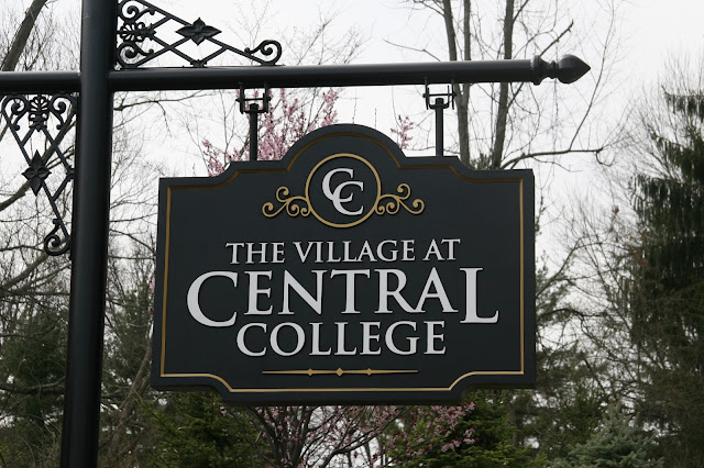 M/I Homes: Village at Central College