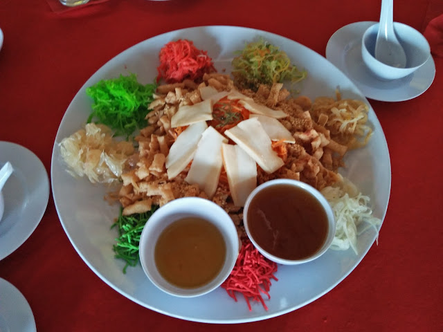 celebrating 2017 Chinese New Year in Malaysia with yee sang