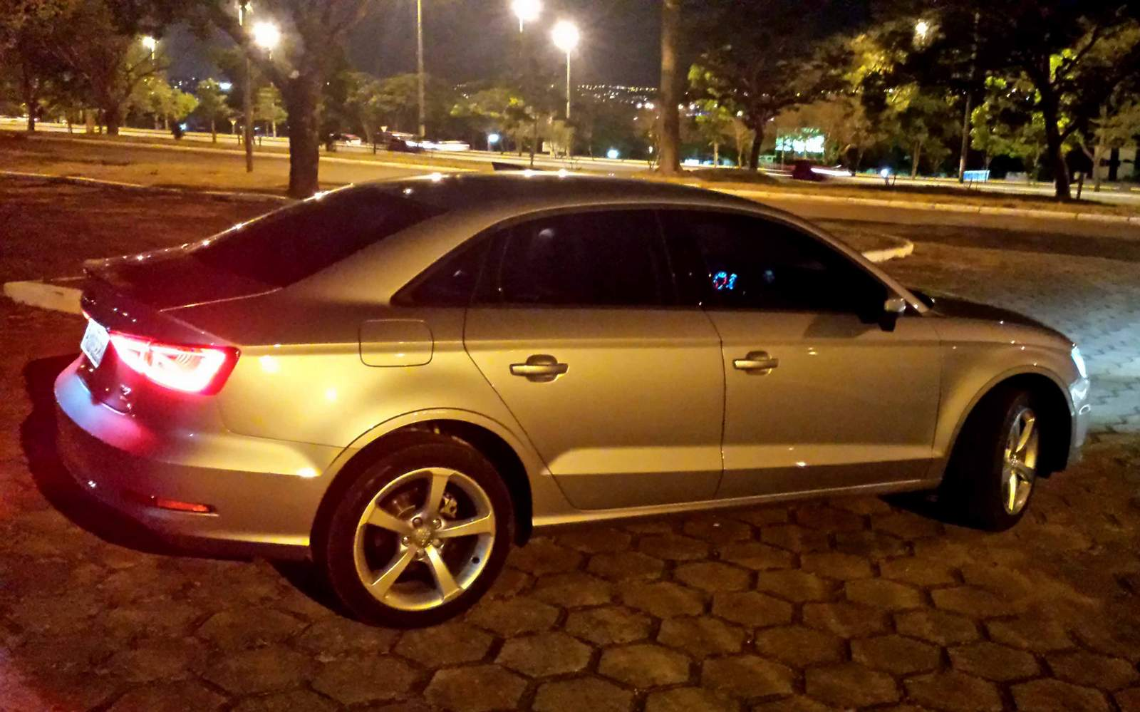 audi a3 sedan flex: o sedã de luxo mais adaptado ao brasil | car