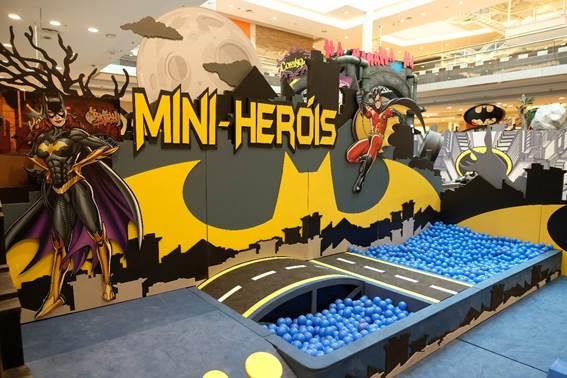 Parque temático do super-herói Batman é atração no Golden Square Shopping
