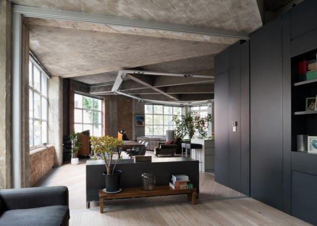 Contoh gambar interior industrial style yang dipadukan dengan modern style