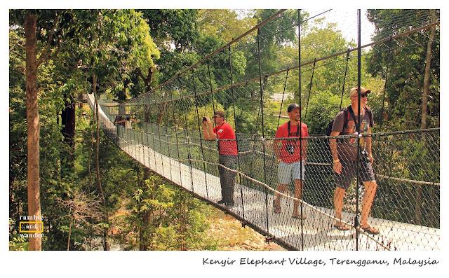 Kenyir Elephant Village, Tasik Kenyir/ Lake Kenyir, Terengganu, Malaysia | www.rambleandwander.com