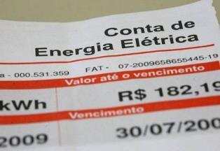 Aneel restitui valor cobrado a mais e conta de luz deve ter desconto de mais de 10% em abril