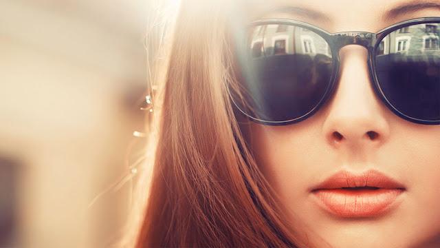 هل النظارات الشمسية مفيدة أم مضرة للعين ؟