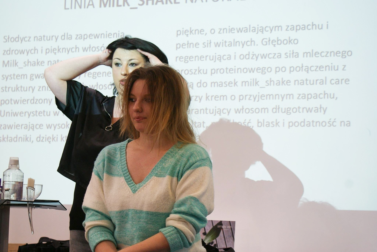 7  relacja spotkanie blogerek akademia z.one concept łódź szkolenia dla fryzjerów akademia fryzjerska koloryzacja melodylaniella jak dbać o włosy pielęgnacja koloryzacja włosów