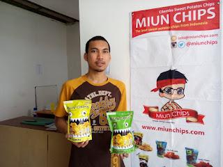 Pelaku UMKM produk keripik ubi Cilembu Miun Chips