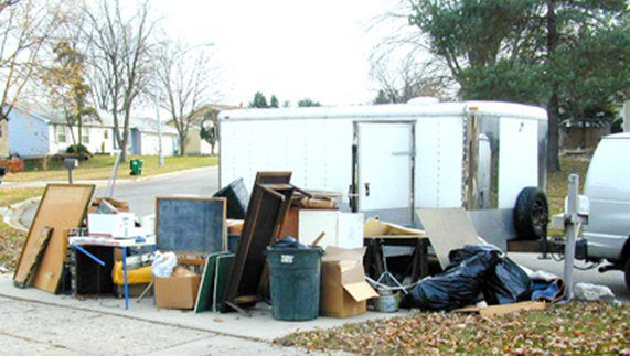 Why you should hire an Expert and Professional Junk Removal Services