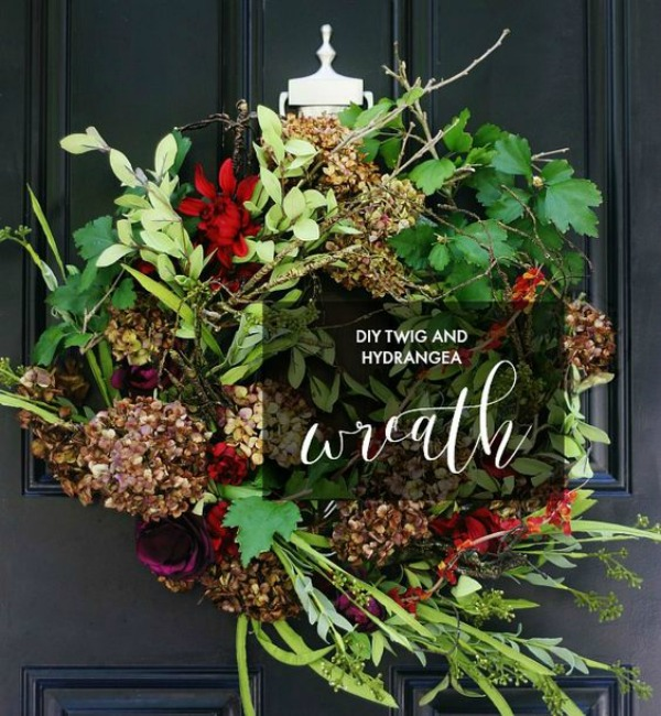 DIY Twig and Dried Hydrangea Fall Wreath from Thistlewood Farms