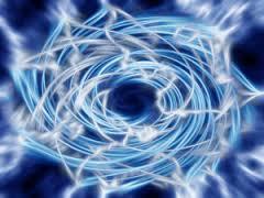 La plus petite particule d'énergie élémentaire, provenant de La Lumière cosmique contient une source d'information concernant l'univers physique.