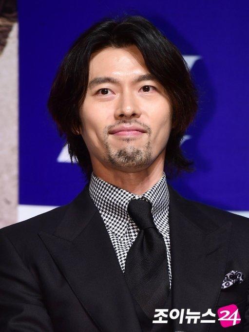 Tampil di Premier Film Baru Hyun Bin Jadi Gondrong dan Berjambang -  Widipedia Korea