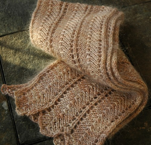 Cream of Spinach Scarf - Free Pattern