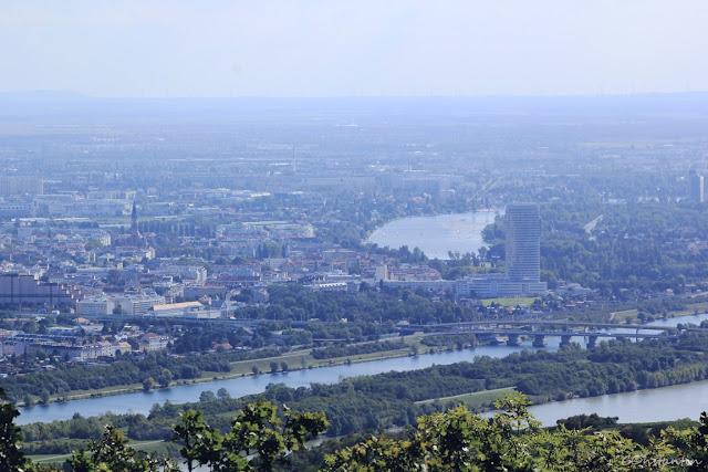 Viena - vedere spre canalul Dunării - blog FOTO-IDEEA