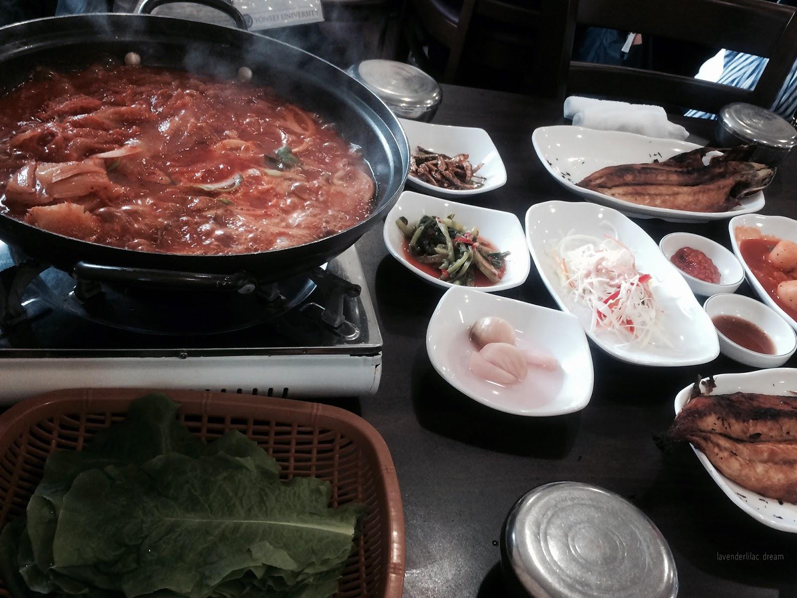 South Korea, Yonsei University, YISS 2014 Field Trip to Jeju Island, First lunch in Jeju - Spicy Pork Dwaejibulgogi
