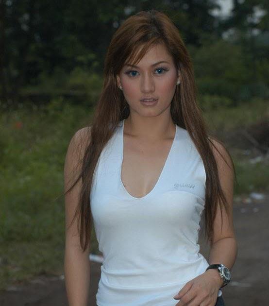 Single indonesian women