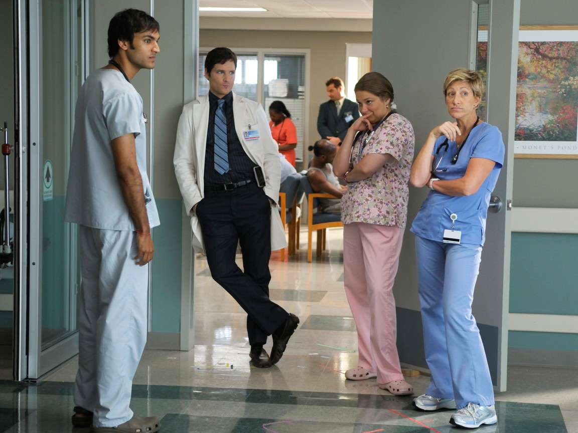 Nurse Jackie - Season 2 Episode 02: Twitter