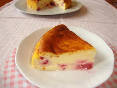 Porción de Tarta de queso y frambuesas