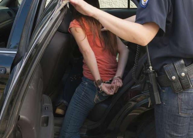 Αποτέλεσμα εικόνας για Σύλληψη 13χρονης για παράνομο υπαίθριο εμπόριο