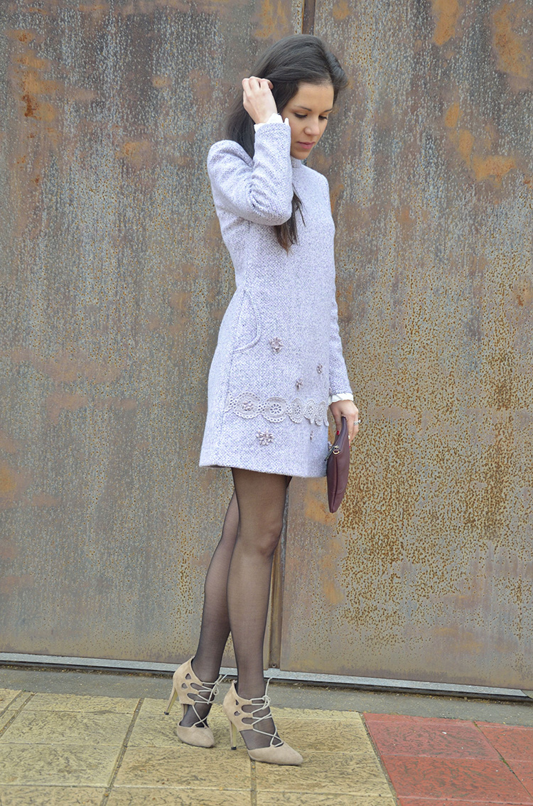 lady-mini-dress-embroidery-pink-outfit-trends-gallery-vestido-look-ootd