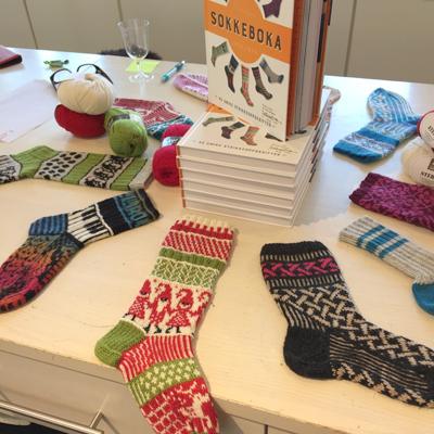 Den store sokkeboka, lansering