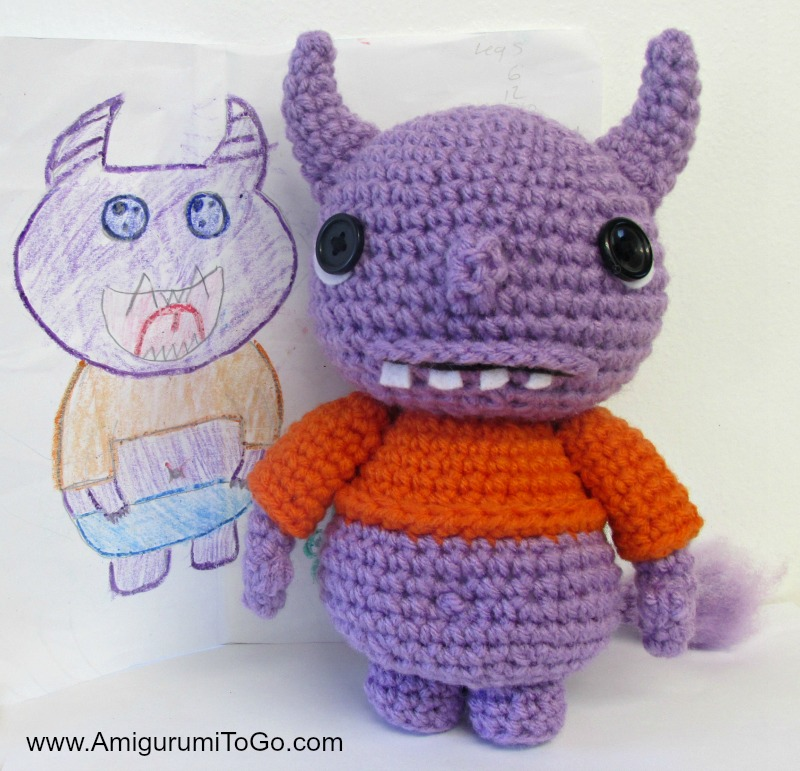 Pocket Amigurumi: 20 Mini Monsters to Crochet and Collect: Somers ... | 771x800