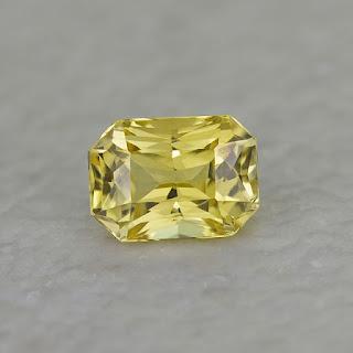 Yellow_sapphire_gemstone