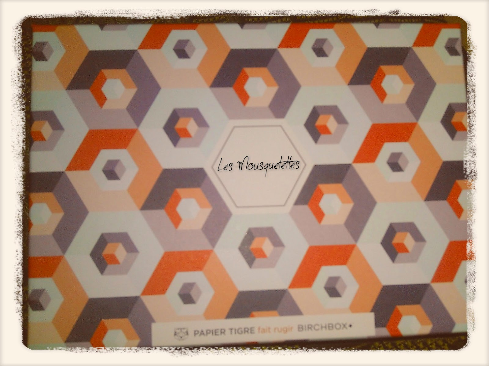 Birchbox Papier Tigre Mai 2014 - Les Mousquetettes©