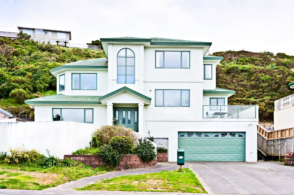Home ideas modern home design wellington homes exterior for Wellington house designs