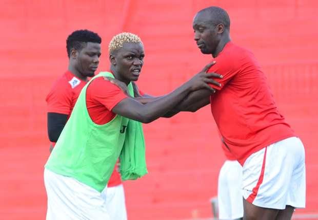 David 'Cheche' Ochieng (kushoto) akiwa mazoezini na wenzake wa timu ya taifa. Picha/Stafford Ondego.www.sportpicha.co.ke
