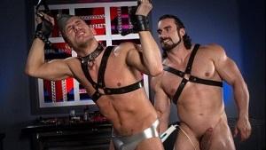 Alexander Gustavo & Jaxton Wheeler – Hangin' Hardcore