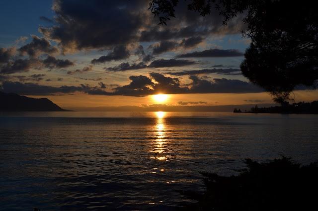 pôr do sol em Montreux