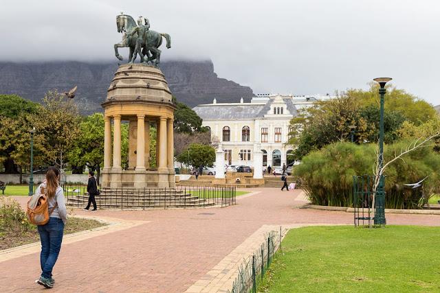 The Company's Garden con la Table Mountain al fondo, Ciudad del Cabo, Sudáfrica