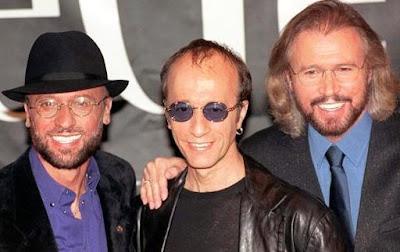 Foto de Bee Gees sonriendo