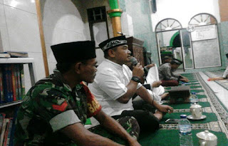 TNI dan Masyarakat Harus Selalu Bersama, Setuju ? - Commando
