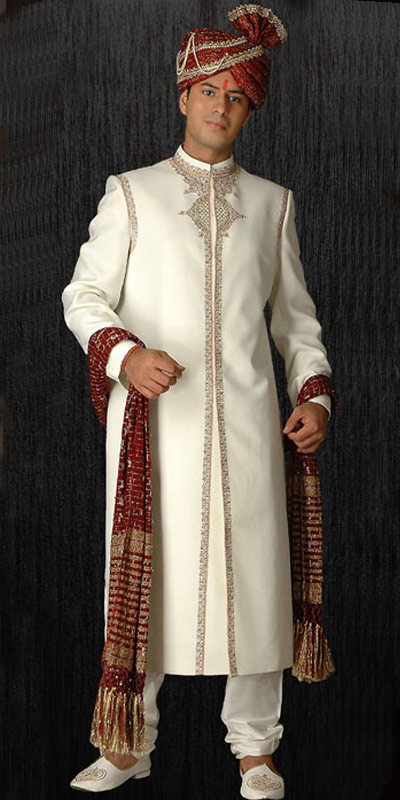 SHE FASHION CLUB: Indian Wedding Dress For Groom