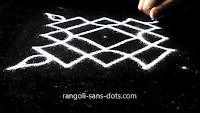 5-dots-Diwali-muggulu-910ae.jpg