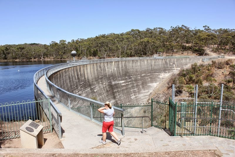 Whispering Wall at Barossa Dam — The shape of the dam wall means that someone standing on the platform at one end can be heard clearly on the platform at the other end.