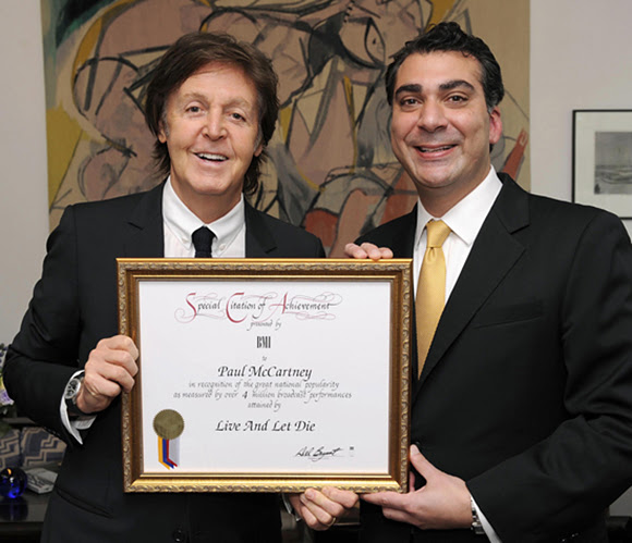 Paul McCartney honoré d'un 2e Million-Air Award