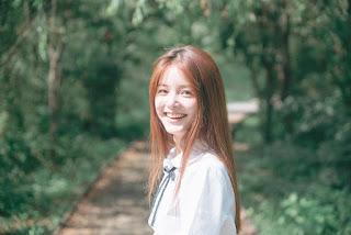 foto biodata dan instagram asli Choe Hye Jin di iklan roma malkist cokelat